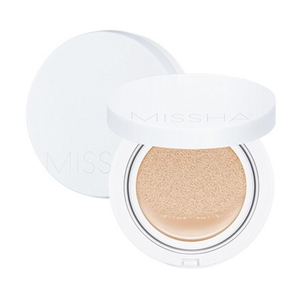 Missha Magic Moist Up Cushion