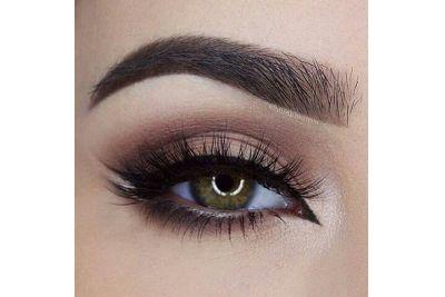 Így emeld ki a színváltós zöldes-barna szemet… Mármint sminkkel.