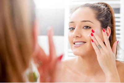 A sztár-kozmetikum, amire a bőrödnek szüksége van - COSRX Balancium Comfort ceramidos arckrém!