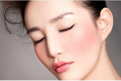 Ideális smink tavaszra: A koreai pasztell sminktrend trükkjei