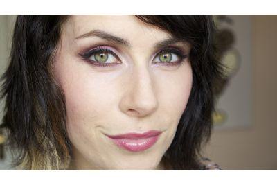Zöld a szemed? Ezekkel a színekkel emeld ki a legjobban!